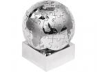 Паззл в виде земного шара с паровозом