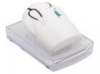 Диспенсер в форме медицинского халата с блоком для записей. Бумага подается при нажатии на «халат»