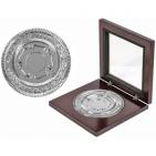 """Медаль наградная """"Серебро""""; серебристый; 12х12х2,2 см; D=8,7 см; металл, дерево, стекло; лазерная гр"""